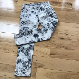 Rock and Republic tie dye stretch jeans.  GUC.